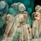 """Spektaklio """"Kalniukas"""" personažų kaukės (dail. Giedrė Brazytė). D. Matvejevo nuotr."""