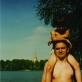 """Milda Dainovskytė, nuotrauka iš šeimos albumo """"Su tėte"""". 1996 m."""