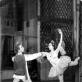 """Sergejus Bilida ir Leokadija Šveikauskaitė-Dumšaitienė balete """"Raimonda"""". Aliodijos Ruzgaitės archyvo nuotr."""