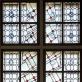 Algirdas Dovydėnas, vitražas Rainių Kančios koplyčiai, Rainiai, Telšių r., architektas Algirdas Žebrauskas (pagal Jono Virako projektą) , fragmentas. 1991–1994 m.