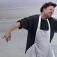 """Dmitrijus Denisiukas spektaklyje """"Žydrasis rojus"""". D. Matvejevo nuotr."""