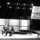 """Stanislavas Dužnikovas (Dornas) ir Oskaras Koršunovas spektaklio """"Žuvėdra"""" repeticijoje."""