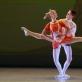 """Choreografas Michail Moisejev (1882–1955). Igorio Morozovo baleto """"Daktaras Aiskauda"""" fragmentai. 1954. Vanios ir Tanios duetas. Šoka Patricija Mikuckaitė ir Pijus Ožalas (10 kl., mokytojai Jolanta Vymerytė ir Aleksandras Semionovas). Martyno Aleksos nuotrauka"""