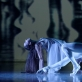 """Elegijus Bukaitis (g. 1941). Fragmentas iš Antano Rekašiaus baleto """"Aura"""". 1986. Šoka Ūla Girdziušaitė (13 kl., mokytoja Beatričė Tomaševičienė) ir LNOBT baleto artistas Arnas Kunavičius. Martyno Aleksos nuotrauka"""