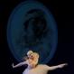 """Choreografas Jurijus Smoriginas (g. 1955). """"Mano gyvenimas"""" pagal Jules'o Massenet muziką. 1996. Šoka Vilija Montrimaitė (13 kl.), mokytoja Beatričė Tomaševičienė."""