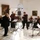 """Algirdas Vizgirda, Karolina Beinarytė, Robertas Beinaris ir orkestras """"Musica humana"""". A. Rakausko nuotr."""