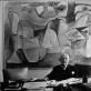 Brassaï, Daniel-Henry Kahnweiler savo ofise, už jo - Pablo Picasso kūrinys. 1962