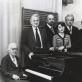 Muzikos istorijos katedros pedagogai. Iš kairės: Jadvyga Čiurlionytė (sėdi), Juozas Gaudrimas, Adeodatas Tauragis, Zita Kelmickaitė, Kazys Jasinskas, Jūratė Gustaitė, Vytautas Landsbergis. 1980 m. LMTA archyvo nuotr.