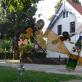 Ekologinis pleneras šurmuliavo prie Neringos meno mokyklos Nidoje. S. Valiulytės nuotr.