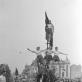 """Ilja Fišeris. """"Gegužės 1-osios demonstracija"""". Vilnius. 1947 m. Iš autoriaus šeimos archyvo"""