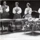 Gastrolės Lenkijoje. 1958 m. R. Tamošaitienė centre. D. Tamošaitytės asmeninio archyvo nuotr.