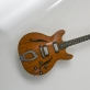 """Gitara, kuria grojo roko grupės """"Gėlių vaikai"""" įkūrėjas Stasys Daugirdas. K. Stoškaus nuotr."""