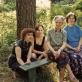 Trys Korsakų moterų kartos. Iš dešinės: Ingrida Korsakaitė, Halina Korsakienė, Radvilė Racėnaitė, Jurga Ivanauskaitė. 1992 m.