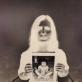 """Leila Džeiran Šukiur (Kasputienė) ir Kipras Kasputis, kūrinio """"Sūnus Kipras. Mama Leila"""" fragmentas. 1992–2014 m. L. Ausylos nuotr."""