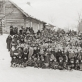 Moksleiviai Kurkliuose (dab. Anykščių raj.) švenčia Vasario 16-ąją, apie 1920-1921 m. LNM nuotr.