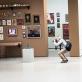 """Parodos """"Tyliosios kolekcijos. Privatūs XX a. II p. Lietuvos ir Estijos dailės rinkiniai"""" Nacionalinėje dailės galerijoje ekspozicijos vaizdas. T. Ivanausko nuotr."""