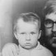 Vytautas Kernagis jaunesnysis su tėvu. Nuotrauka iš asmeninio archyvo