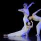 """Martynas Rimeikis, Olga Konošenko ir Pavelas Koncevojus balete """"Tristanas ir Izolda""""               Nuotrauka iš LNOBT archyvo"""
