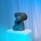 """Antano Mončio skulptūros, galerijoje """"Vartai"""", parodos """"L'étreinte – Embracement – Glamonė"""" fragmentas. V. Nomado nuotr."""