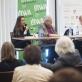 Kristina Sabaliauskaitė, Tomas Venclova, moderatorius Pawełas Huelle ir Herkus Kunčius Krokuvos knygų mugės diskusijoje apie Vilnių. A. Banas nuotr.