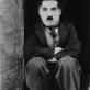 """Kadras iš filmo """"Vaikis"""" (rež. Charlie Chaplin, 1921)"""