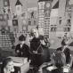 Vida Marija Krakauskaitė su mokiniais. Nuotrauka iš asmeninio archyvo